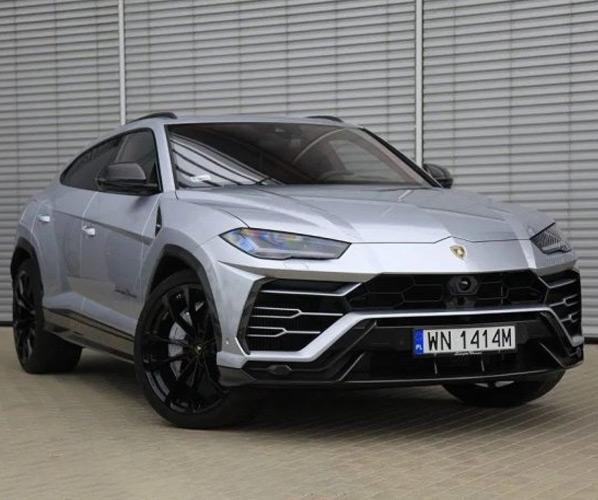 Lamborghini Urus Akrapovic